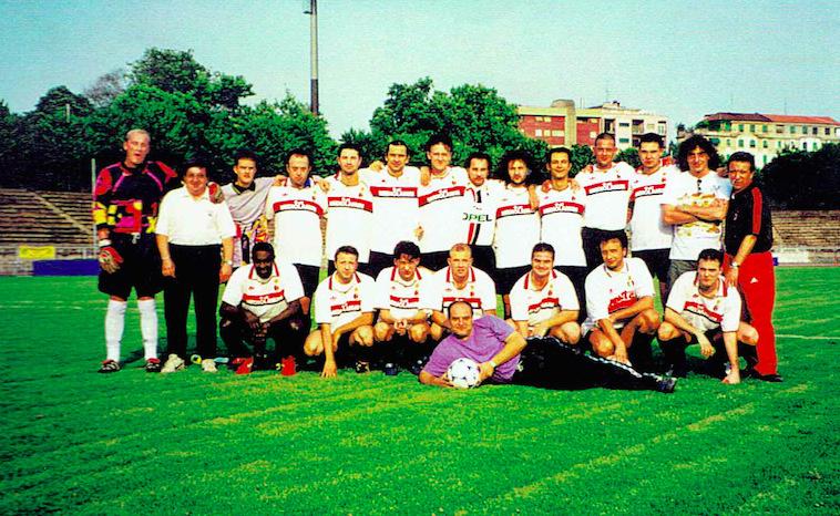1997 - 2000: Primi stranieri e ventennale